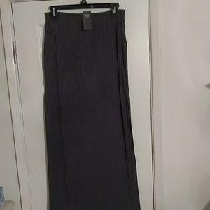 Brand New Abercrombie & Fitch sz M grey skirt
